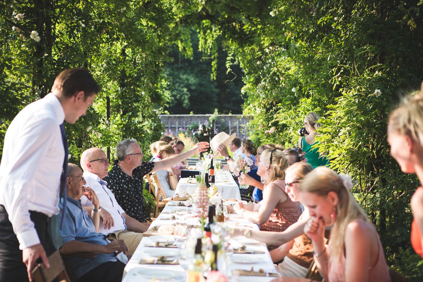 kookkunsten-mediterrane-catering-arnhem-lange-tafel-familie